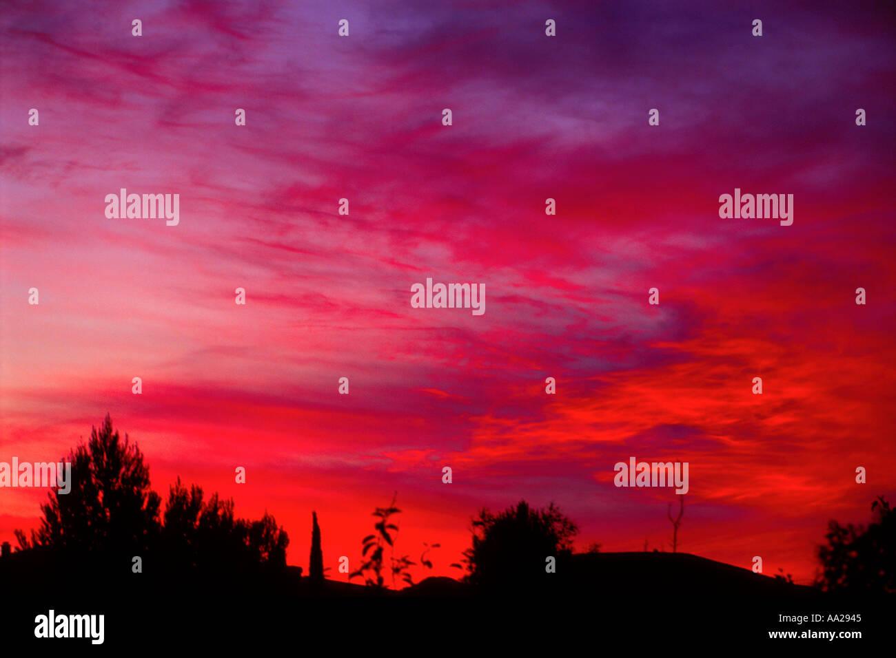 Cielo Rosso Di Notte.Nuvole Al Tramonto Cielo Rosso Di Notte I Marinai Delizia Foto