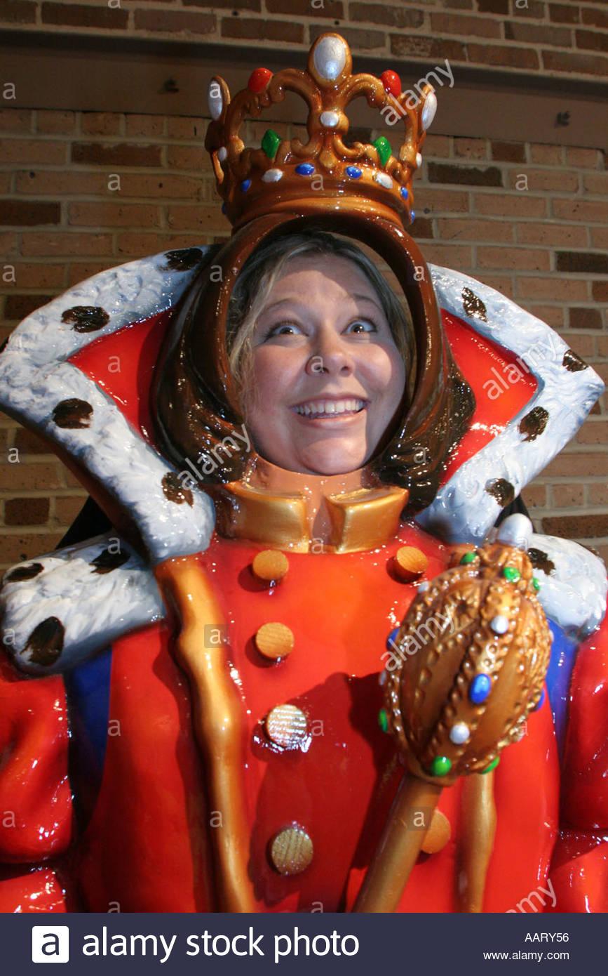 Mobile in Alabama museo del carnevale Mardi Gras visitatore re manichino  Immagini Stock 82afc0a88584