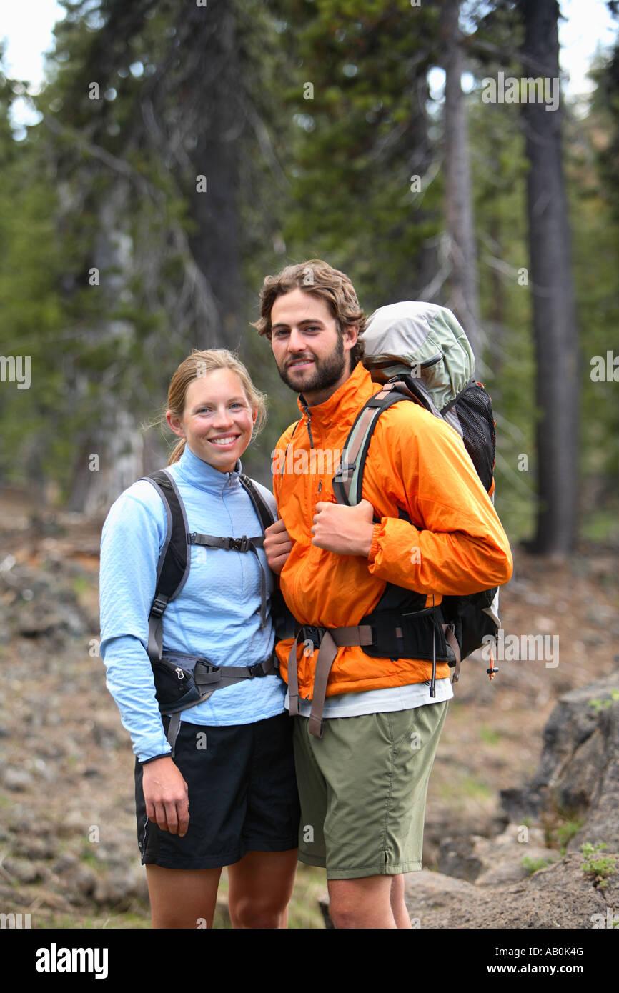 Ritratto di giovane backpacking Immagini Stock