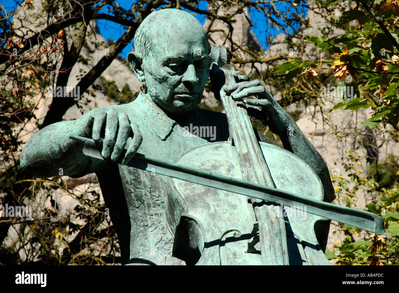 Statua della violoncellista Pablo Casals, Montserrat, Catalogna, Spagna Immagini Stock