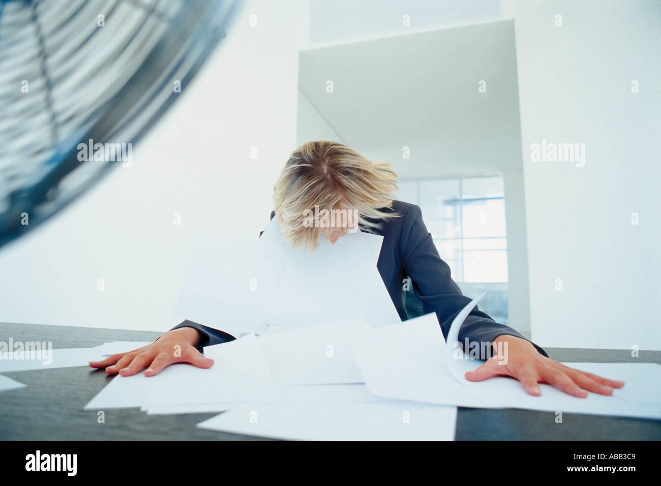 Imprenditrice caotico Immagini Stock