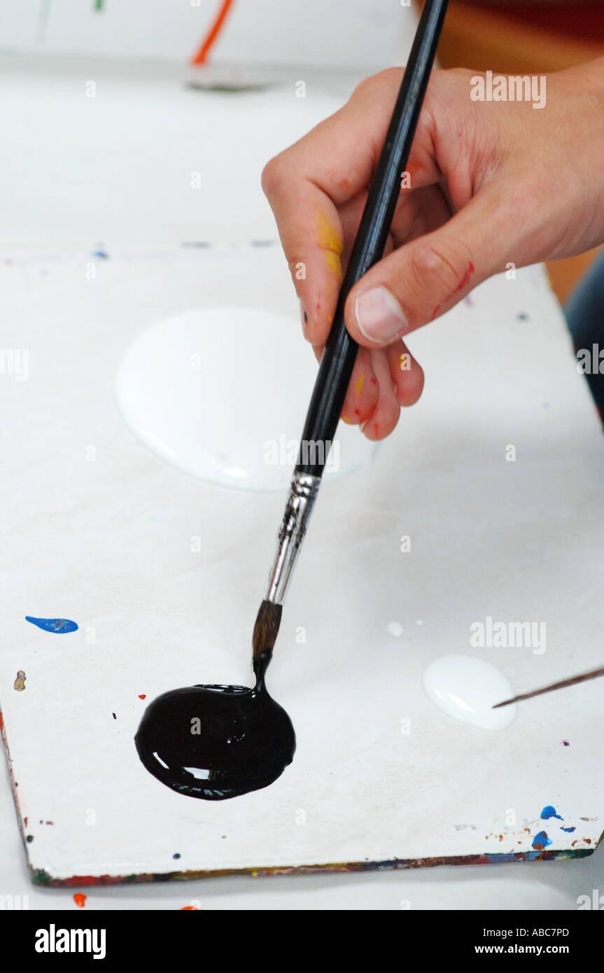 Dipinto con colori acrilici pennellata di vernice Immagini Stock