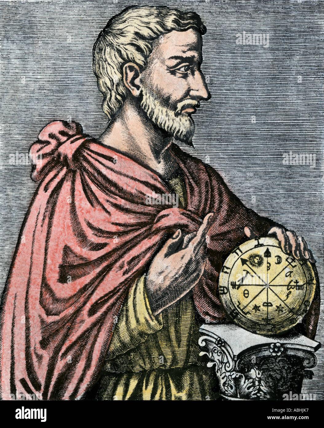 Pitagora greco antico filosofo e matematico. Colorate a mano la xilografia Immagini Stock