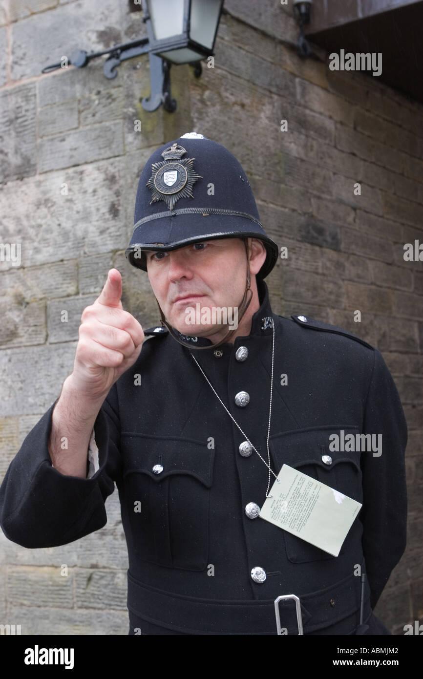 La POLIZIA POLIZIOTTO adulto METROPOLITAN Casco Elmetto Uomini London Bobby Costume