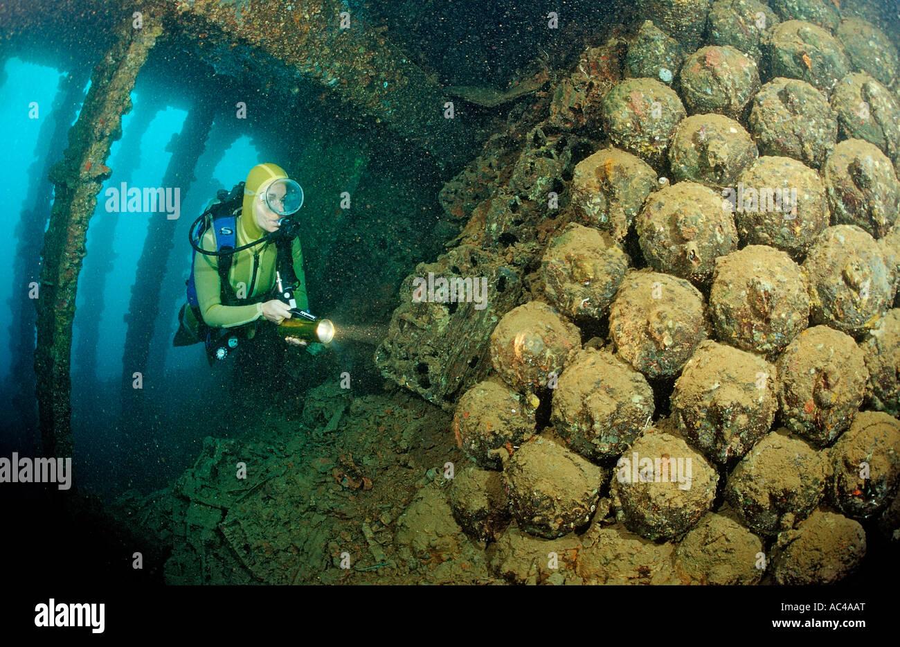 Immersioni Scuba diving in Umbria naufragio bombe Africa Sudan Red Sea Wingate Reef Immagini Stock