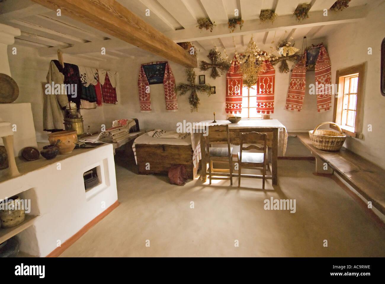 Interni Di Una Casa Di Campagna : Interno tipico di una casa di campagna a pyrohovo museo di