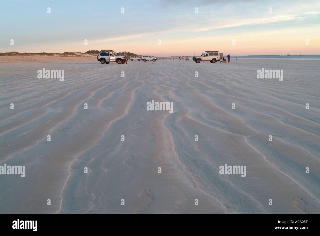 Veicolo fuoristrada, Cable Beach, Broome, Kimberleys, Australia occidentale Immagini Stock
