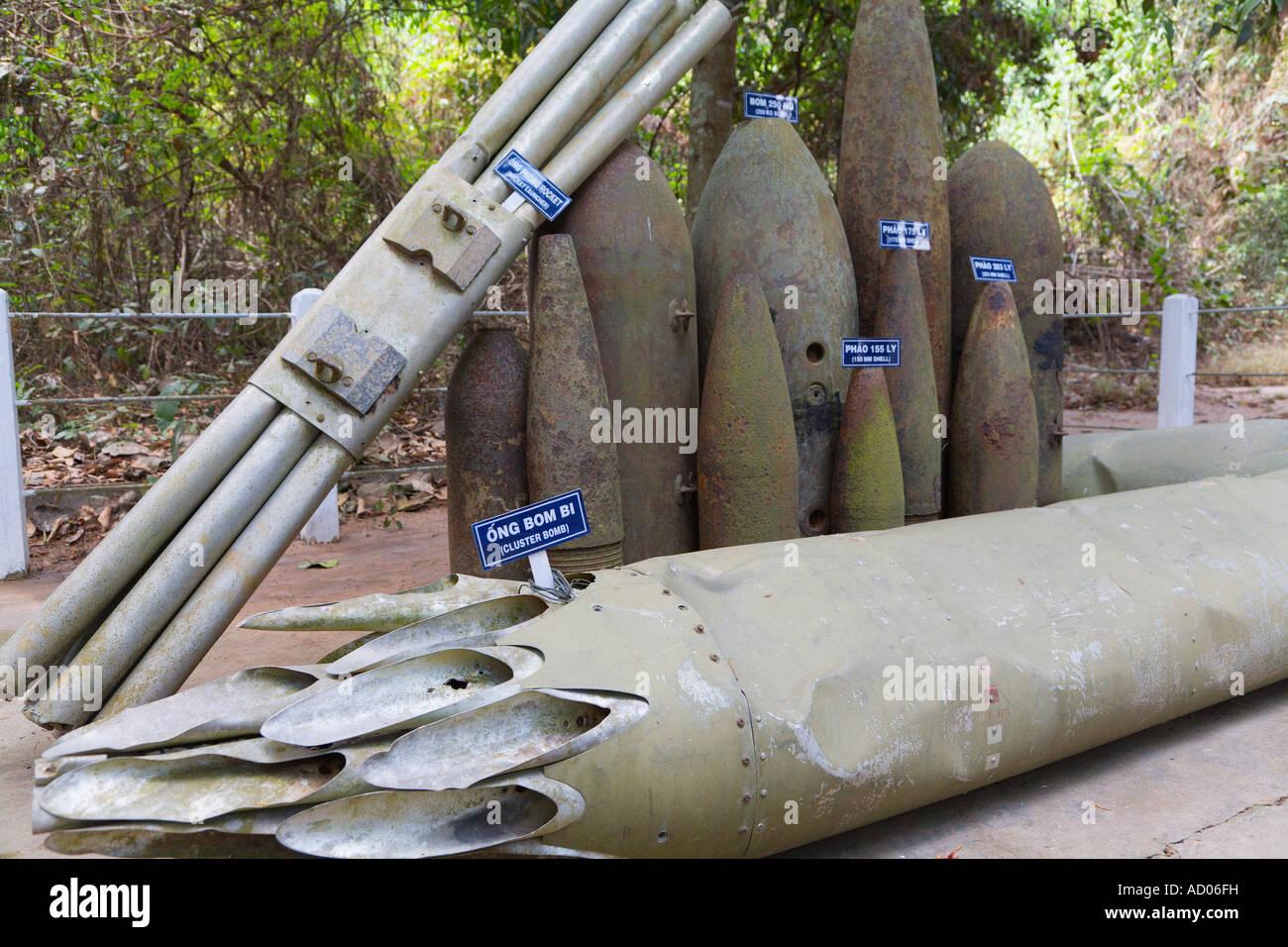 """A sinistra di munizioni da guerra vietnamita """"Cu Chi"""" """"provincia di Tay Ninh' Vietnam Immagini Stock"""