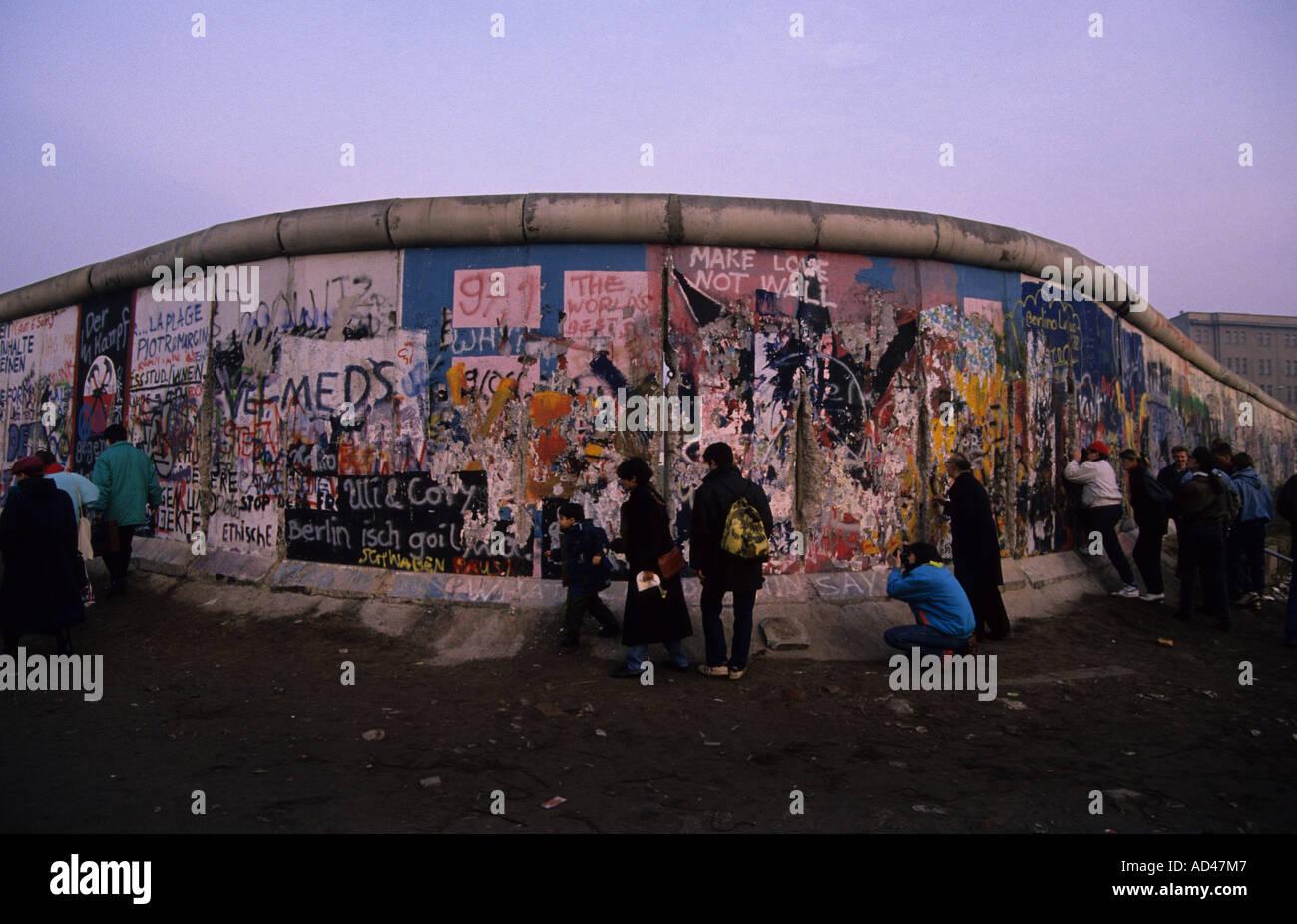 Muro di Berlino in autunno 1989 simbolo del comunismo Immagini Stock