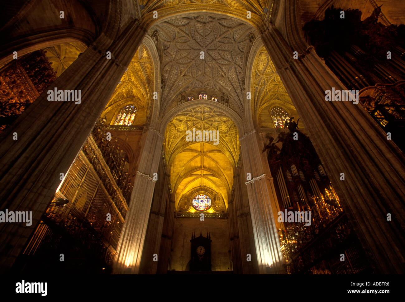 Volta a botte soffitto a volta del xv secolo il cattolicesimo