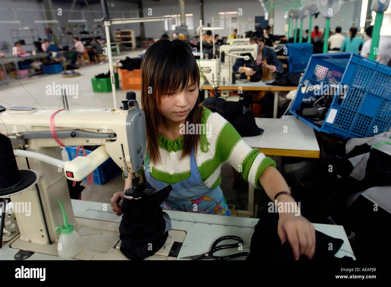size 40 8e652 e62a4 Workshop di un privato di esportazione fabbrica di scarpe in ...