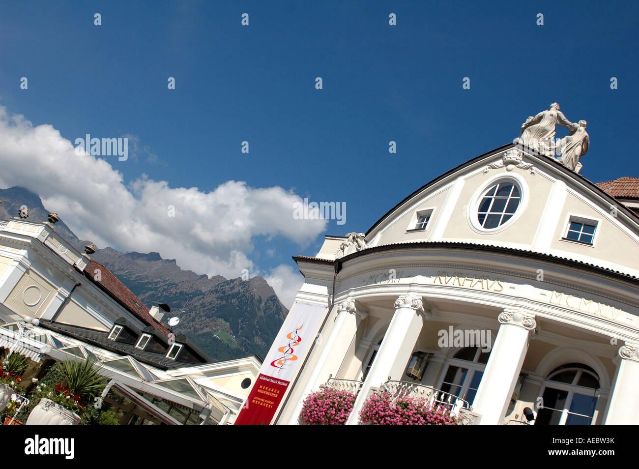 Lo stile Liberty Kurhaus ora un centro congressi a Merano, Italia Immagini Stock