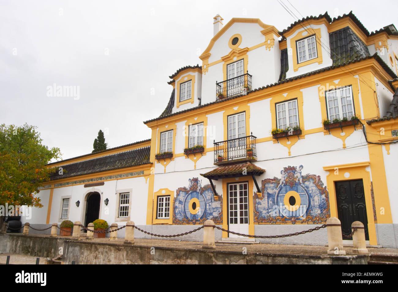 Edificio della cantina. con tipico portoghese piastrelle smaltate