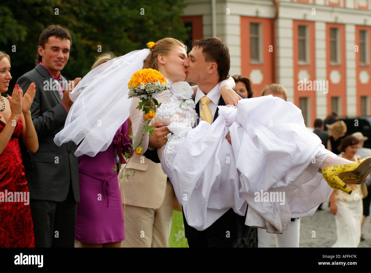 Matrimonio In Russia : A legally married couple in russia dmitry kozhukhov right and
