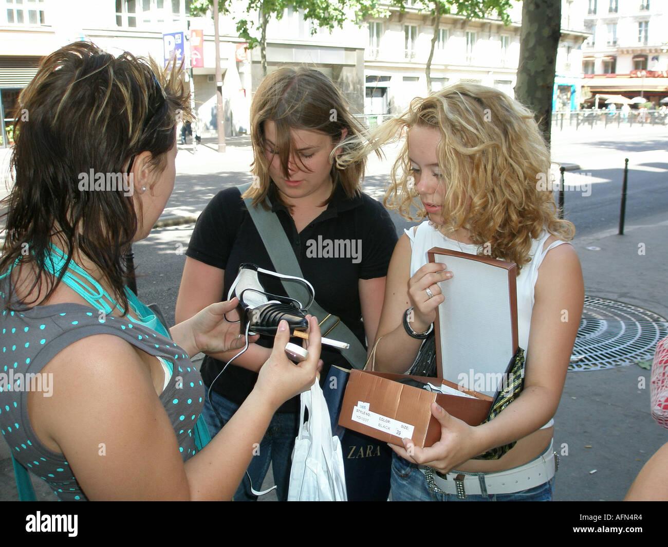 Paris Shopping Shoes Immagini e Fotos Stock Alamy
