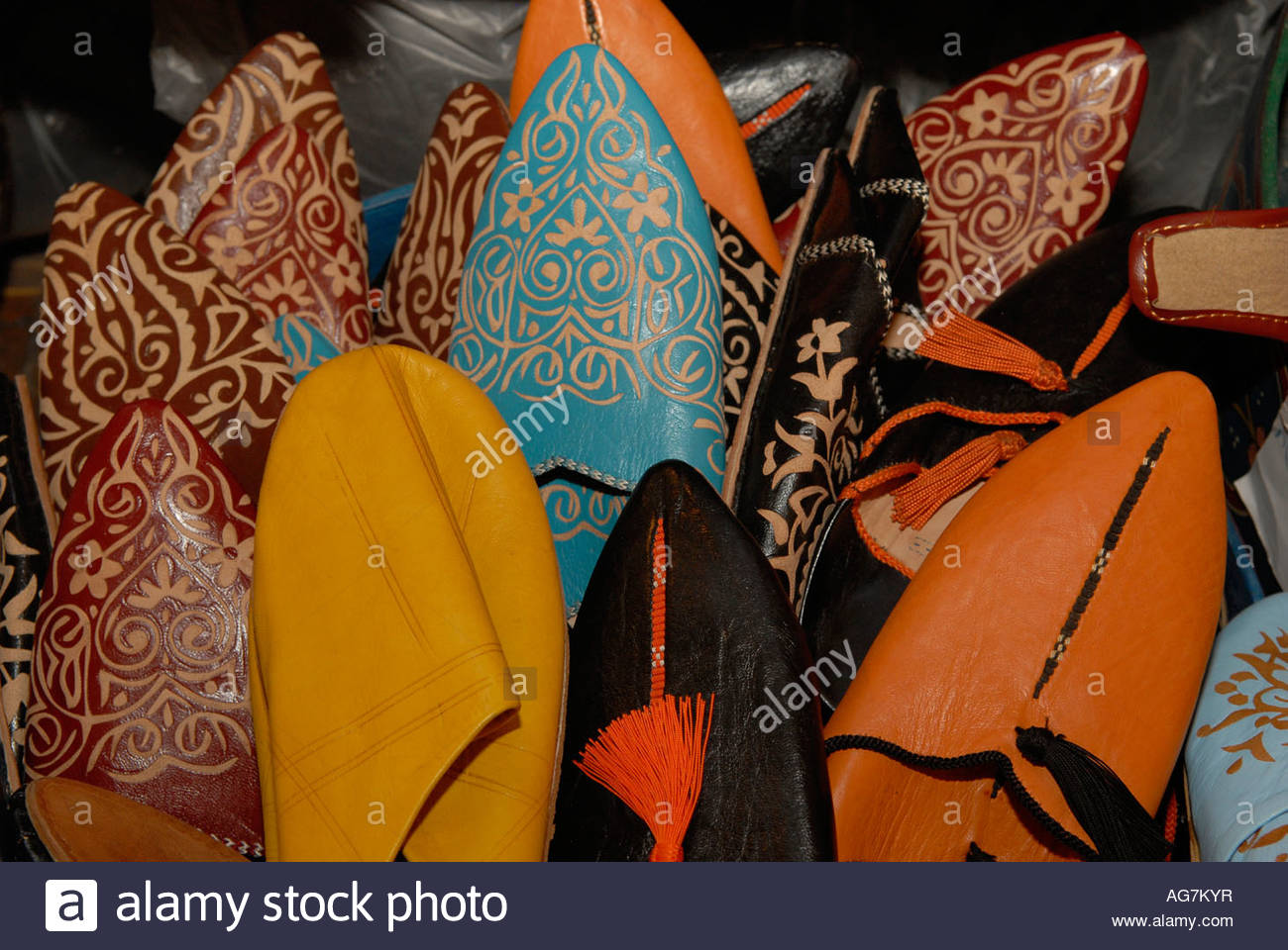 Cuoio marocchino applique pantofola scarpe con punta in vendita