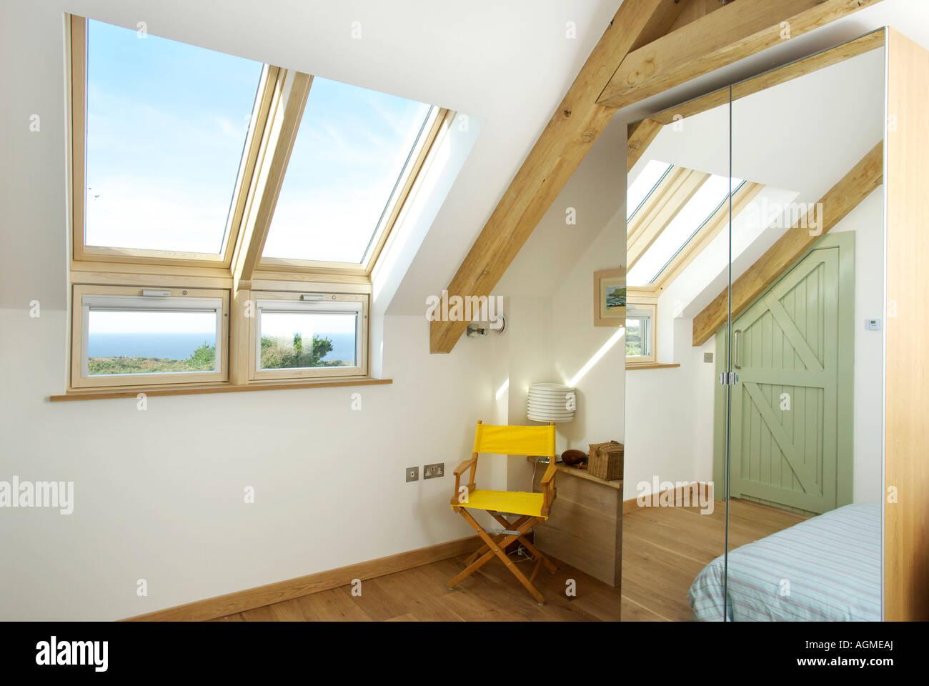 Camera Da Letto Con Soppalco : Camera da letto in soppalco con conversione lucernario windows
