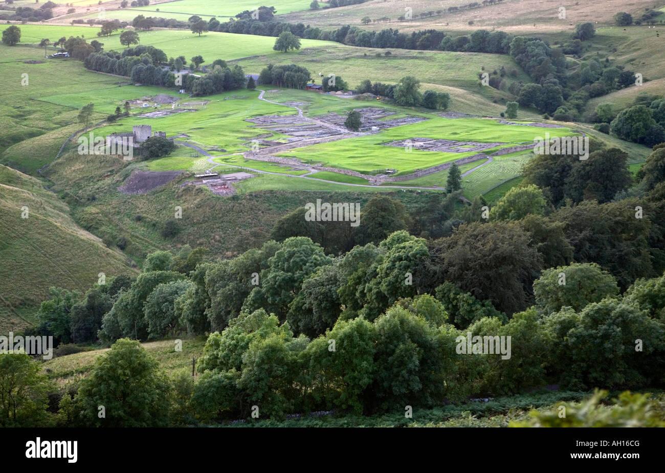 c6dbaab3a6c23 Vista in elevazione dei resti romani a Vindolanda in Northumberland. Sulla parete  di Adriano National
