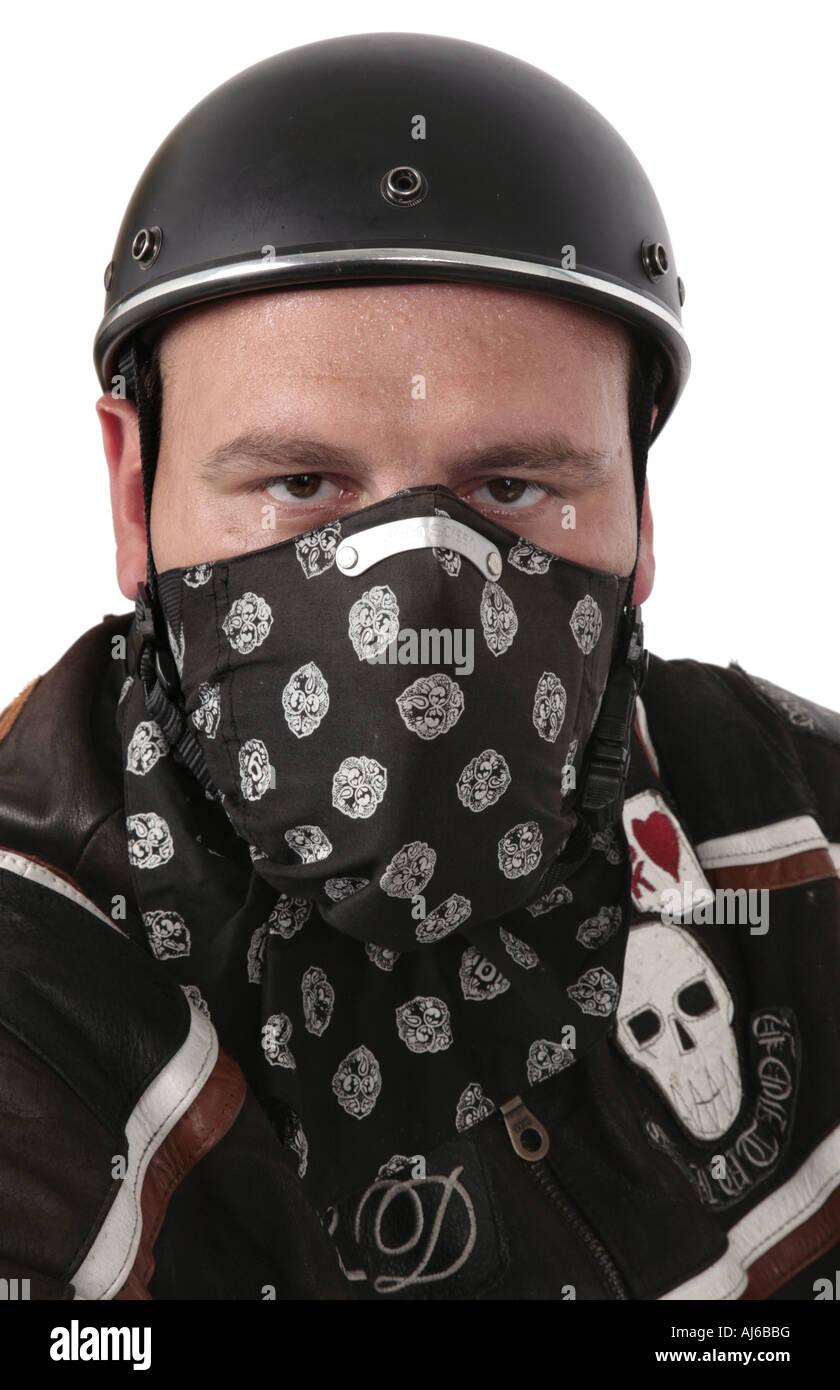 Motore ciclista con il semiguscio casco e drappeggi Immagini Stock