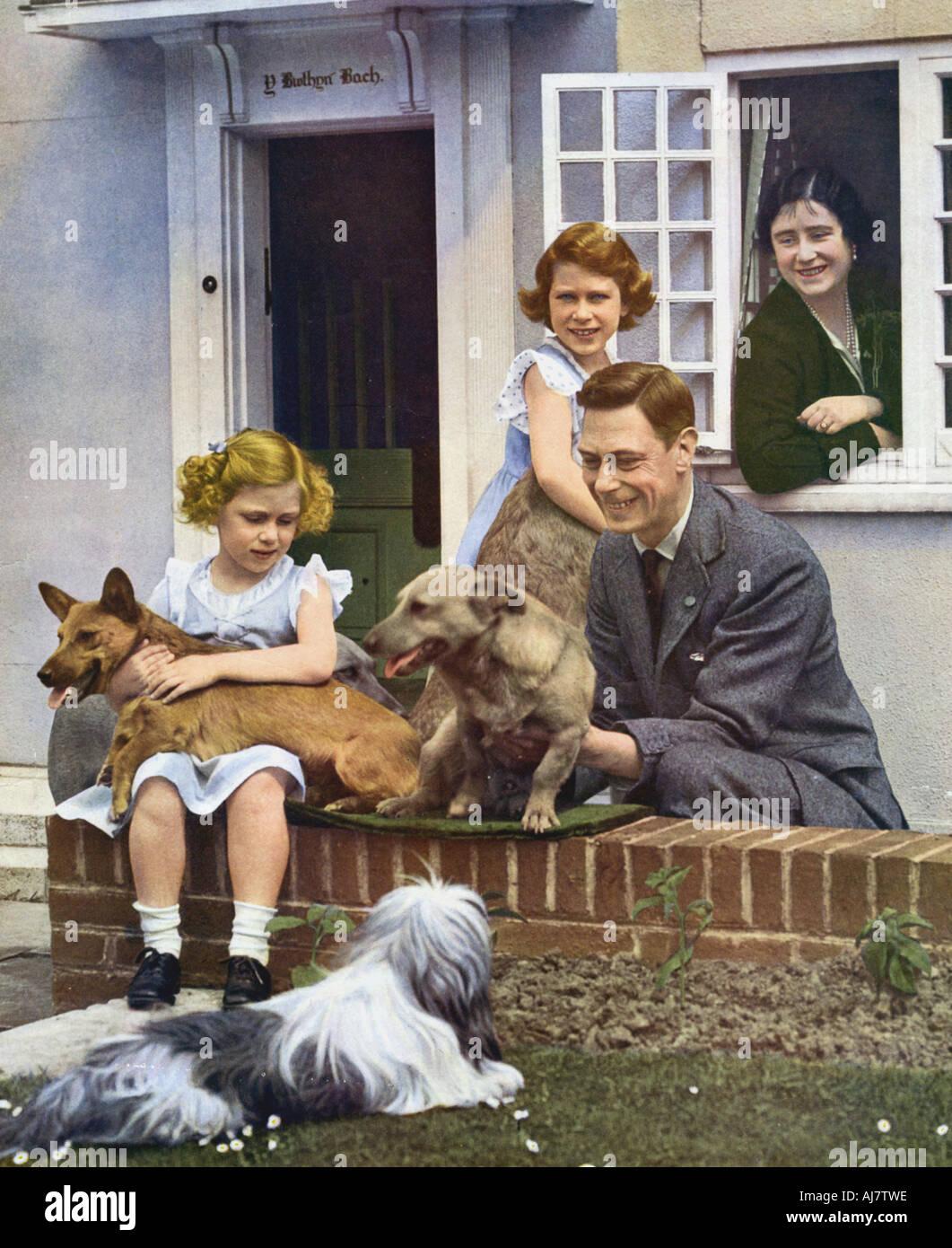 La famiglia reale a Windsor, 1930s. Artista: sconosciuto Immagini Stock