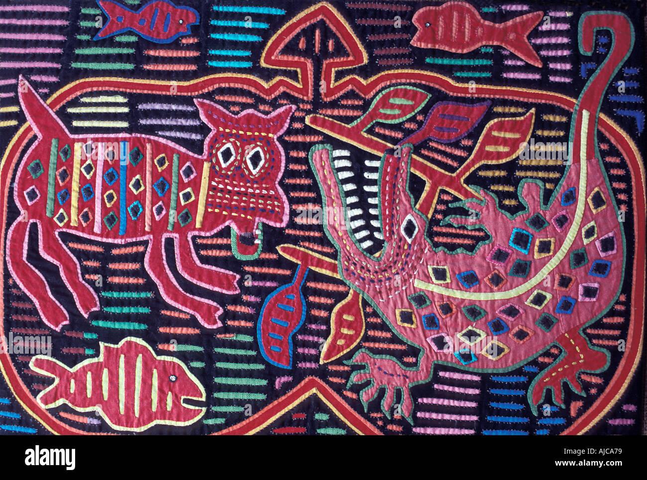 Applique decorazione applicata a bluse Molas degli Indiani Kuna isole San  Blas Panama Immagini Stock f4d09144b4be