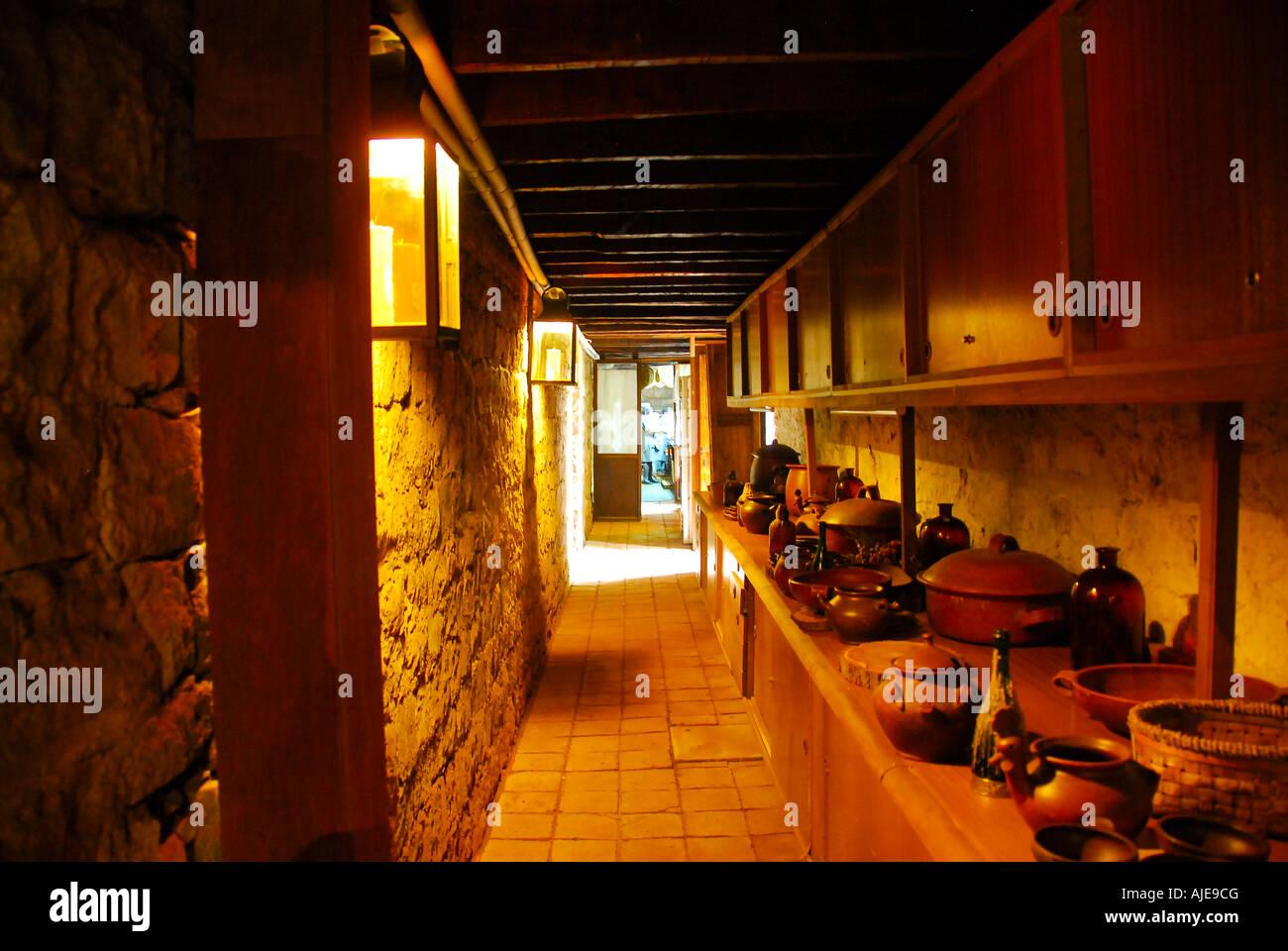 Hacienda Los Lingues, Cile, stile coloniale spagnolo villa, cucina ...