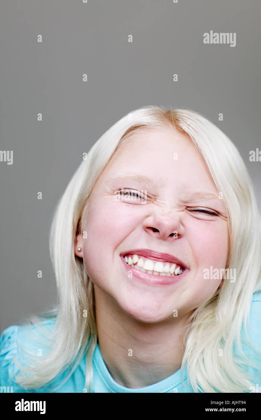 Ragazza facendo una faccia Immagini Stock