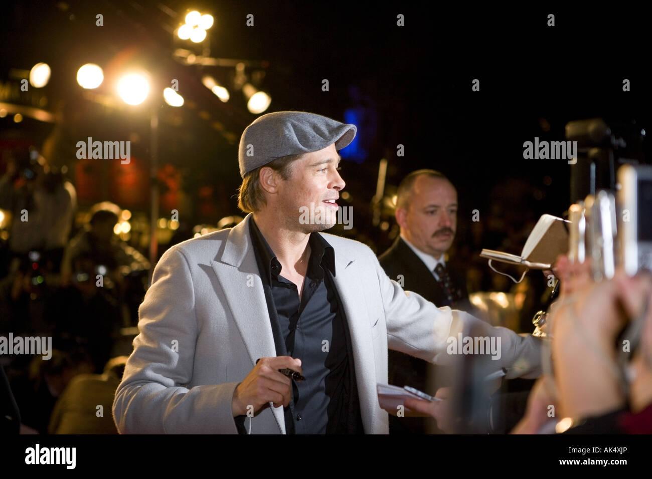 Beo Wulf - European film premiere London Leicester Square, Brad Pitt con Angelina Jolie. Immagini Stock