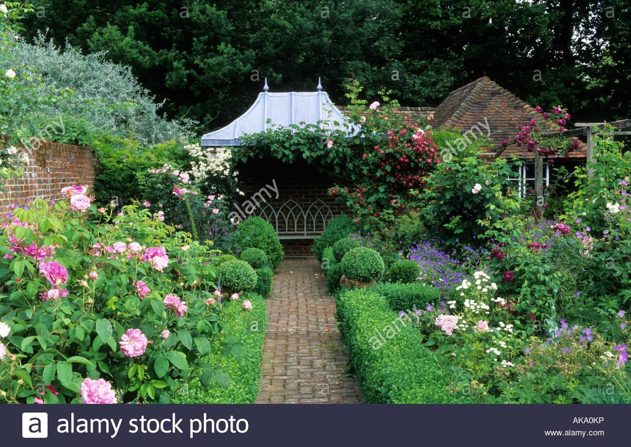 Gazebo In Giardino Privato.Giardino Privato Sussex Gazebo Coperto Area Con Posti A Sedere In