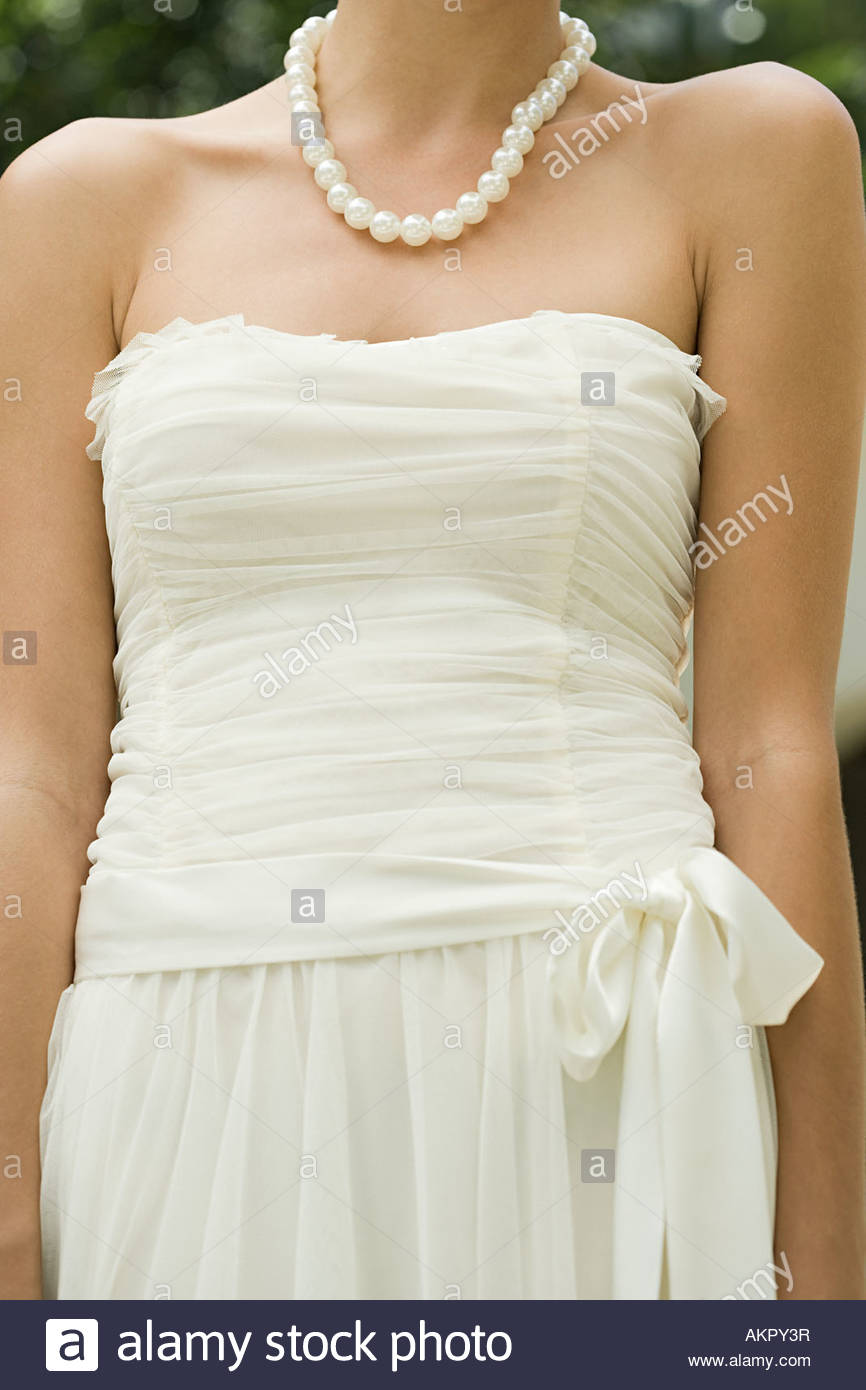 Sposa wearin un abito bianco Immagini Stock