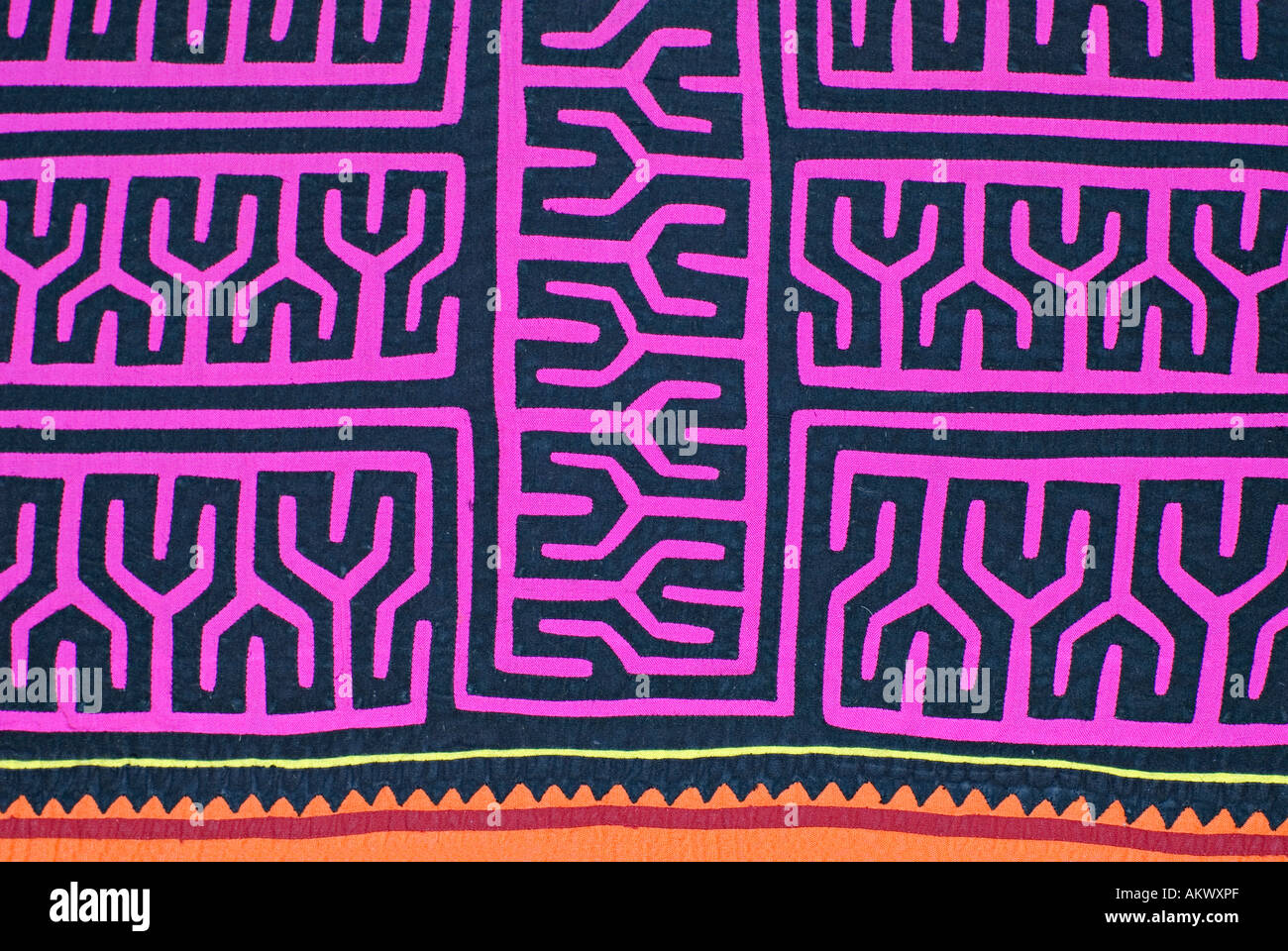 Applique decorazione applicata a bluse Molas s degli Indiani Kuna isole San  Blas Panama Modellazione Geometrica b044a6d5c8cf
