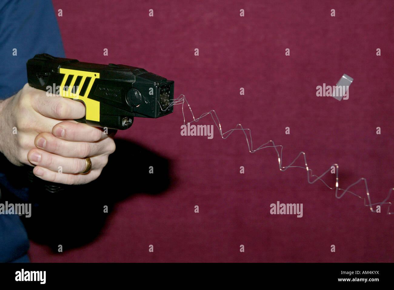 Schema Elettrico Taser : Amazon taser elettrico