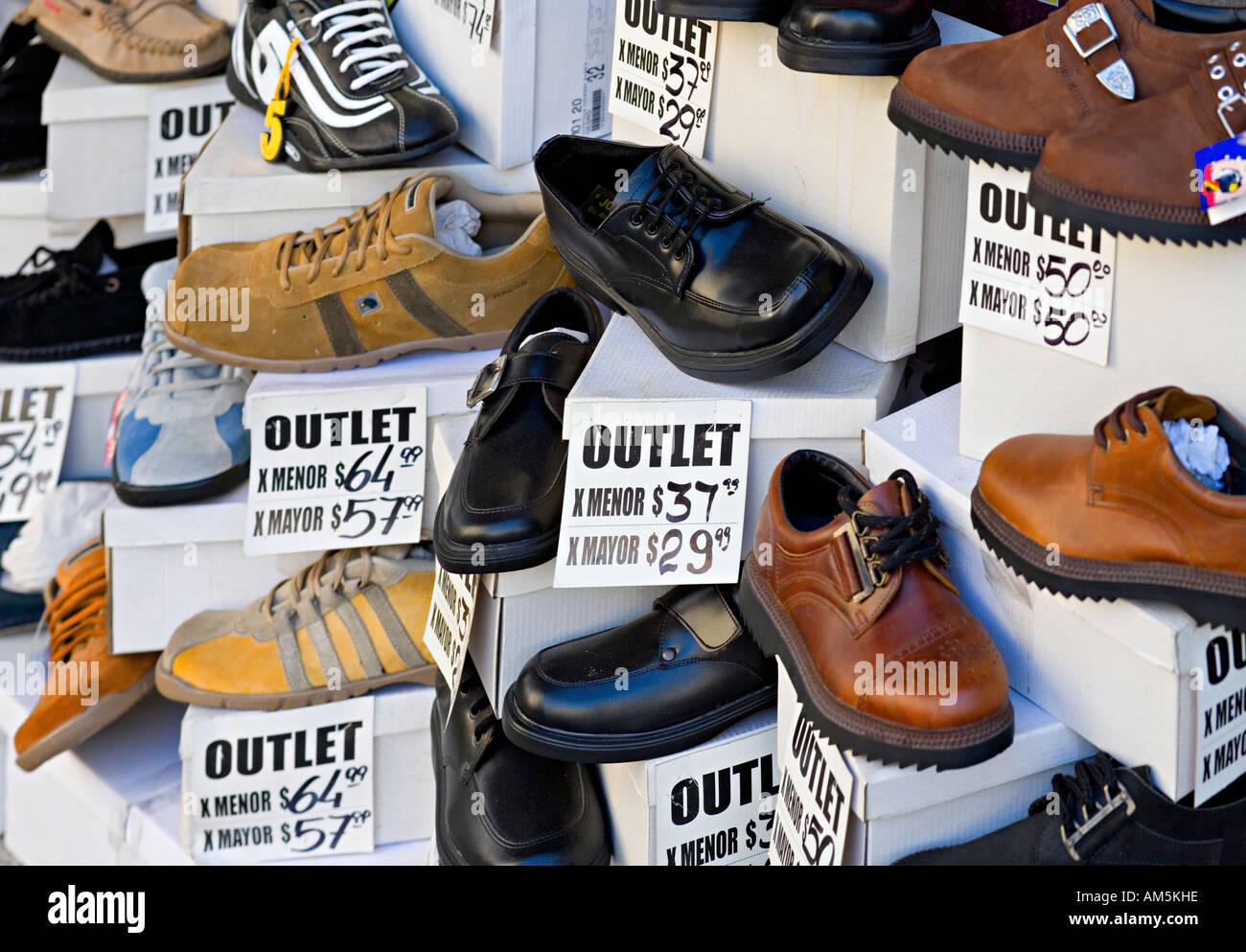 differently 24917 1a73a Vendita. Tutti i tipi di scarpe a buon mercato in una ...