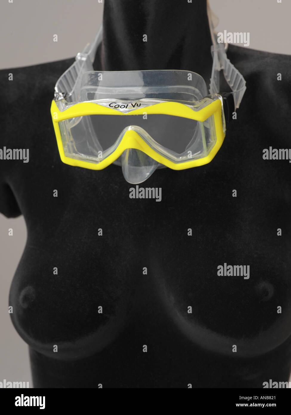ScubaPro Cool Vu immersioni e snorkeling maschera facciale con accento giallo Immagini Stock