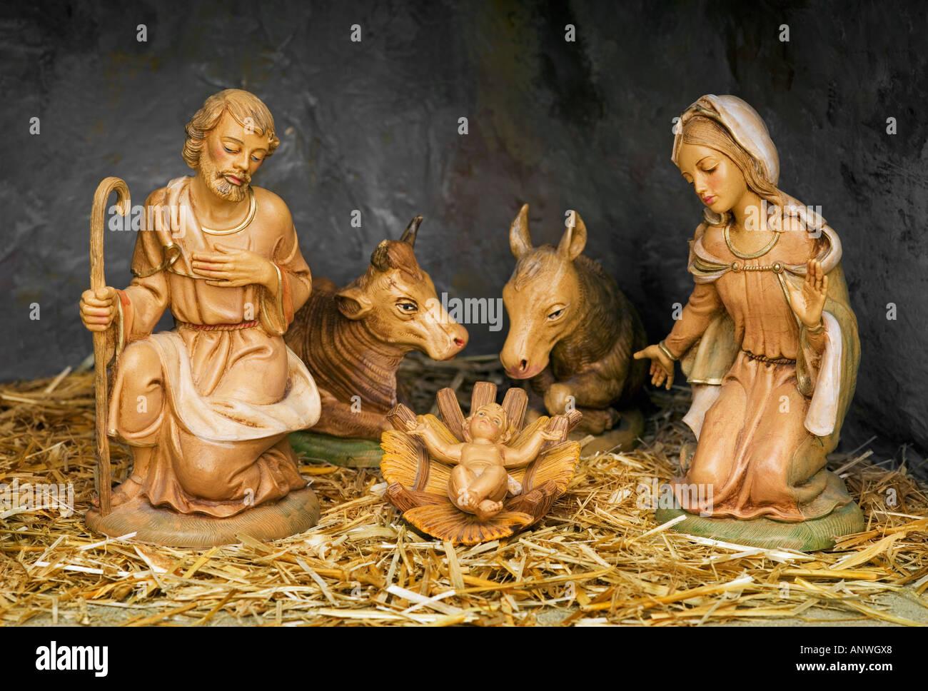 Immagini Di Natale Con Sacra Famiglia.Presepe Di Natale Con Sacra Famiglia Foto Immagine Stock