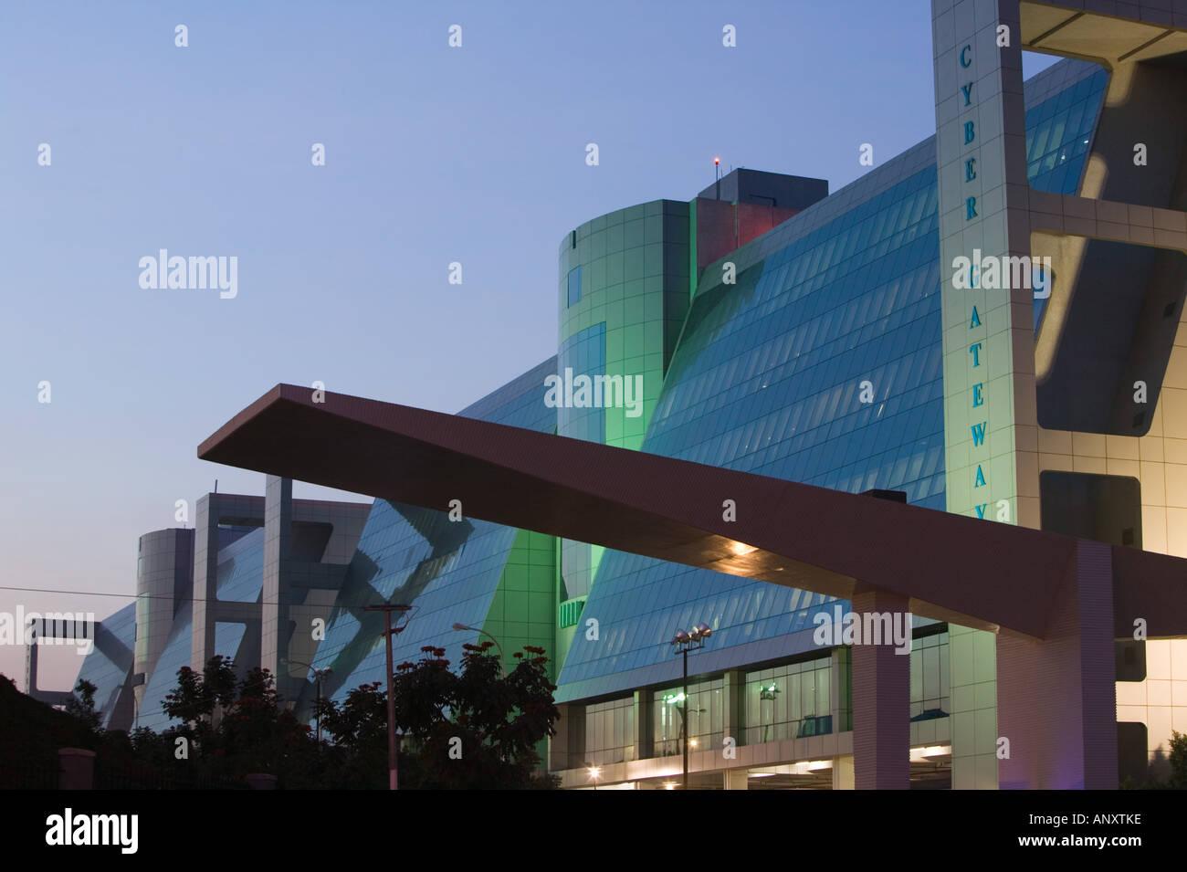 INDIA Andhra Pradesh, Hyderabad. HITEC CITY, centro importante di Indian Software Call Center Industry Immagini Stock