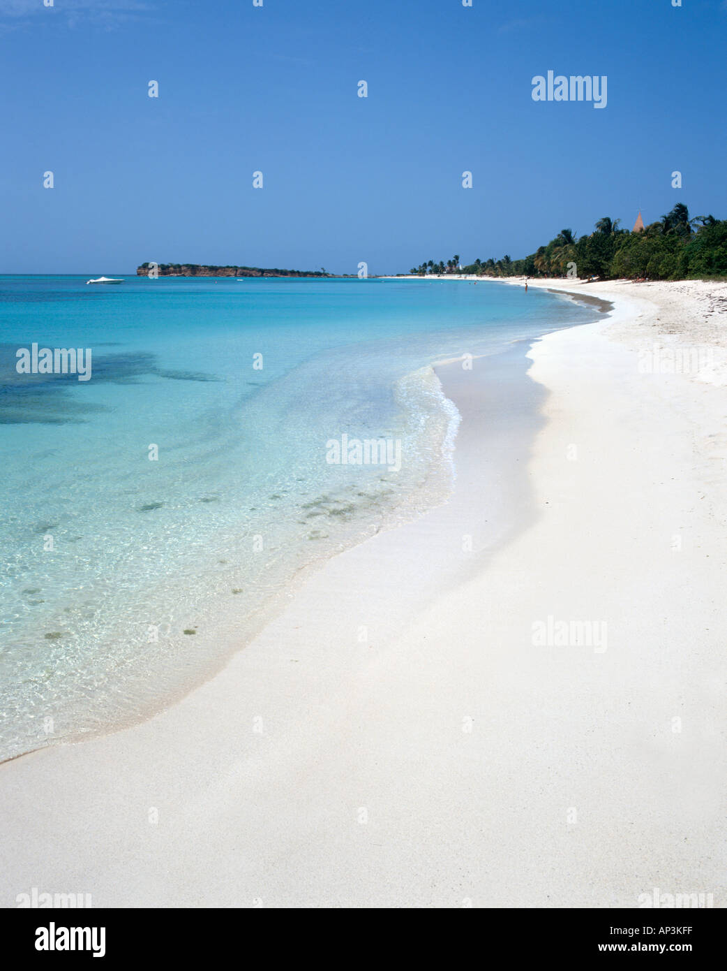 Spiaggia deserta, Runaway Bay, Antigua, West Indies, dei Caraibi Immagini Stock