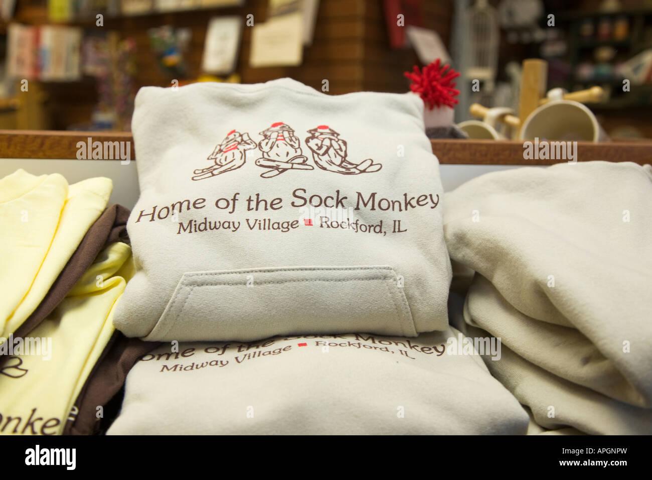 Il Rockford Illinois calza scimmie sul display felpa in Midway Village store negozio di articoli da regalo Immagini Stock