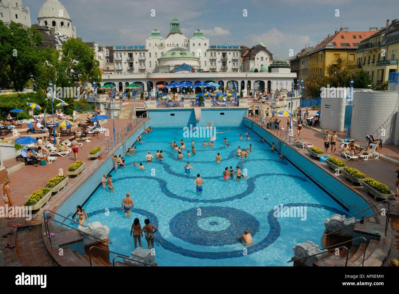 Bagni Termali Gellert : Gellert bagni termali. budapest ungheria foto & immagine stock