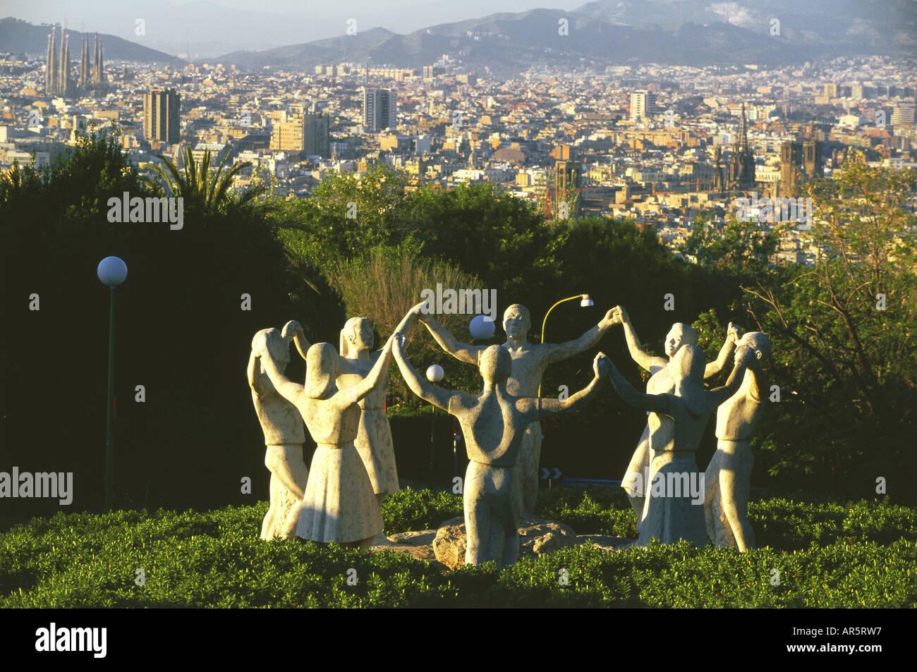 Monumento, Monumento a la Sarda, la collina di Montjuic, Barcellona, in Catalogna, Spagna Immagini Stock