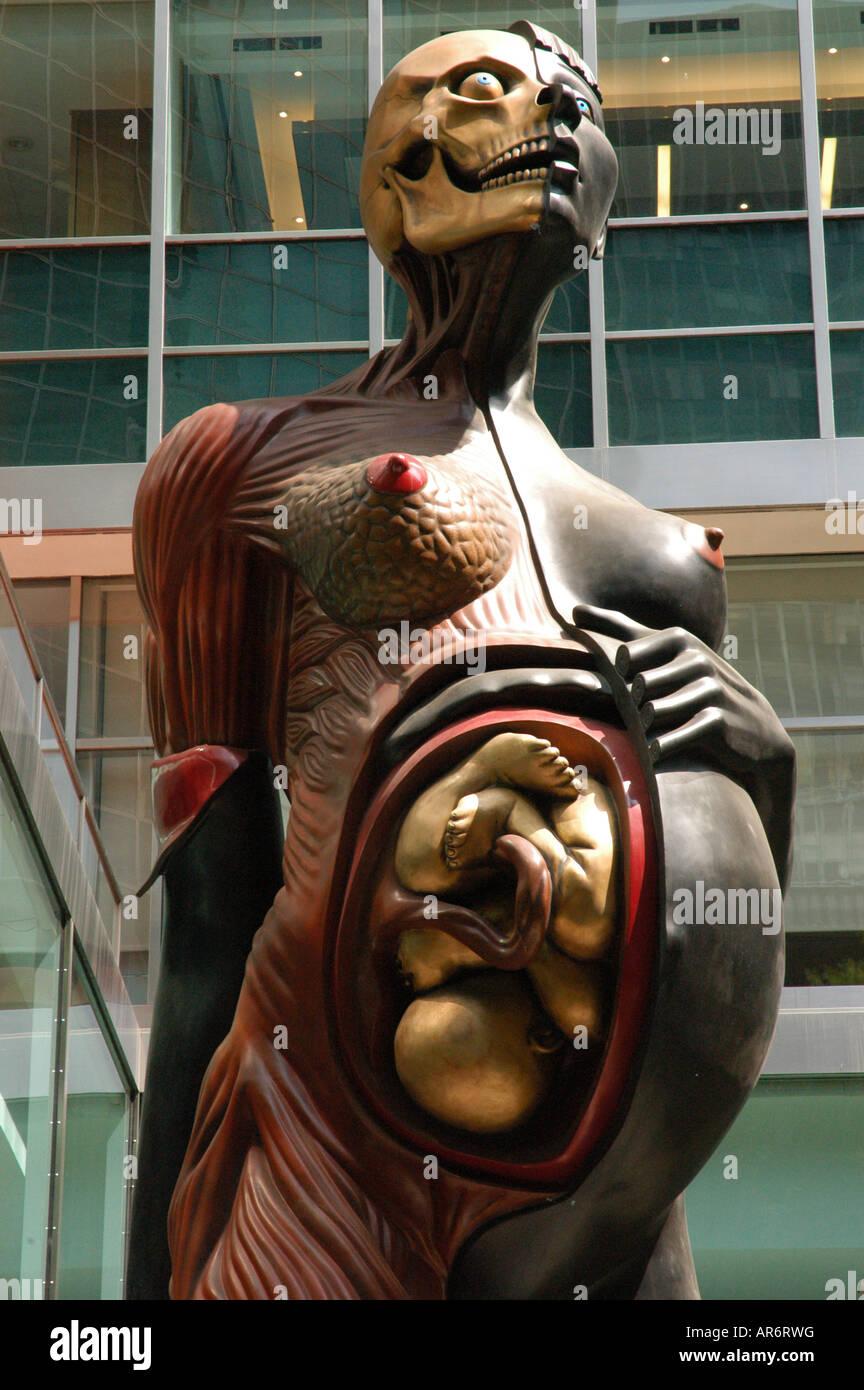 Donna incinta statua che si trova nella parte anteriore della leva House Park Avenue New York STATI UNITI D'AMERICA Immagini Stock