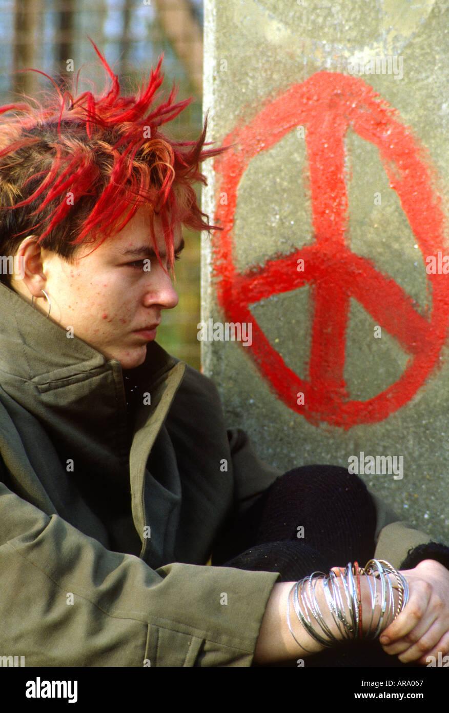Regno Unito Inghilterra Greenham Common donne camp a protestare a base di armi nucleari nel 1980 s SB Immagini Stock