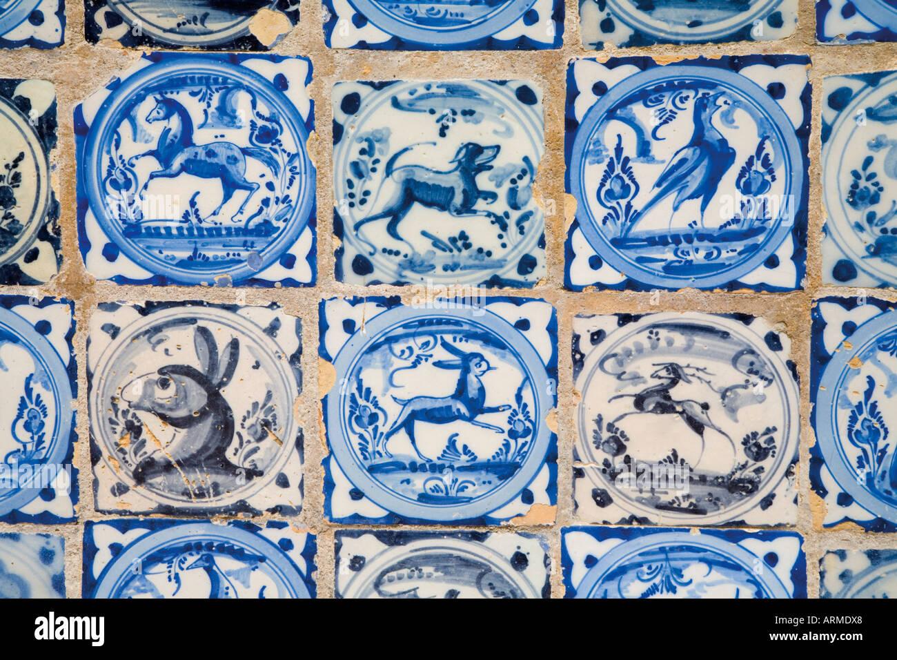 Siviglia spagna real alcazar di piastrelle ceramiche con animali e