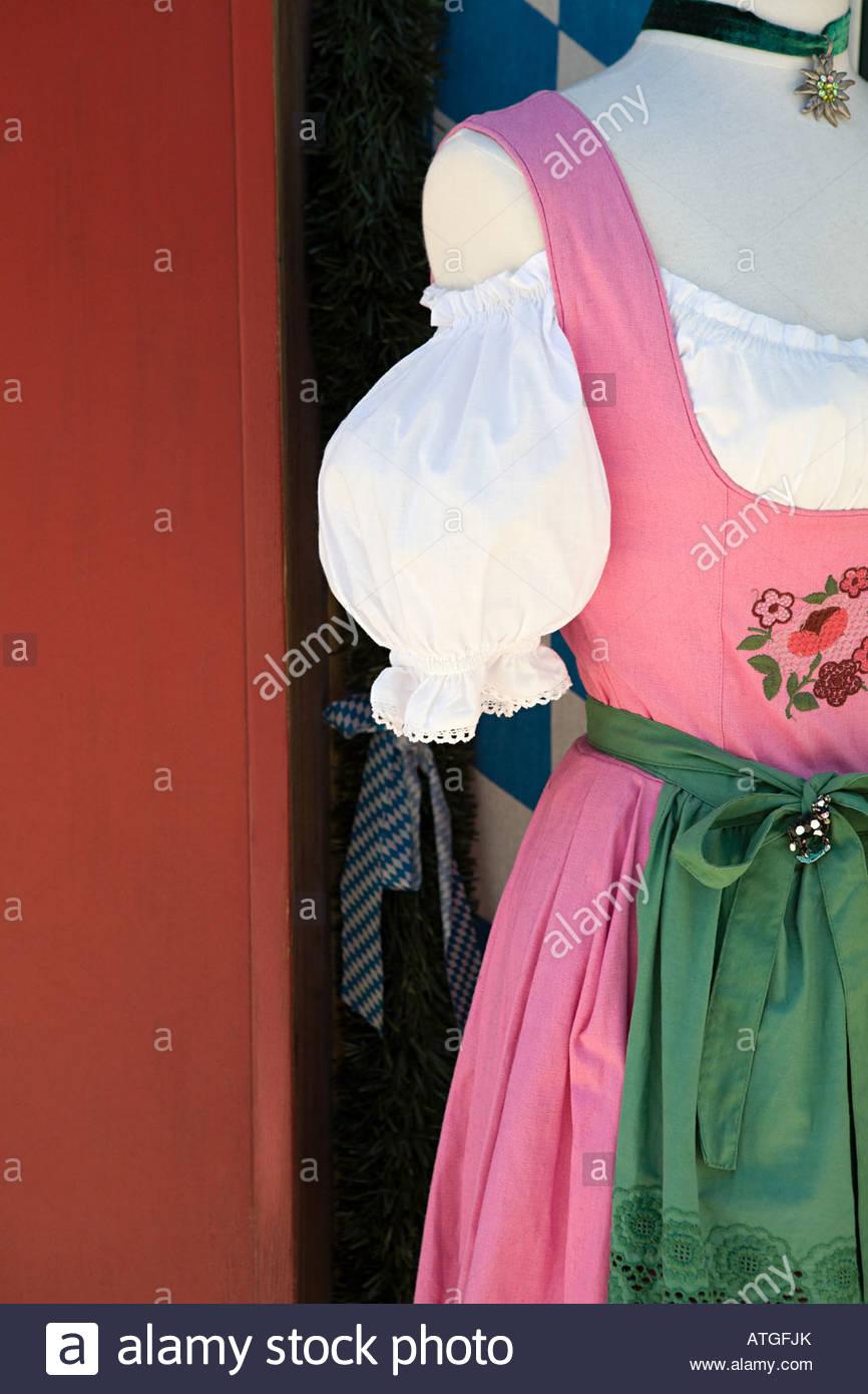 Un manichino che indossa nazionale tedesco di vestire Immagini Stock