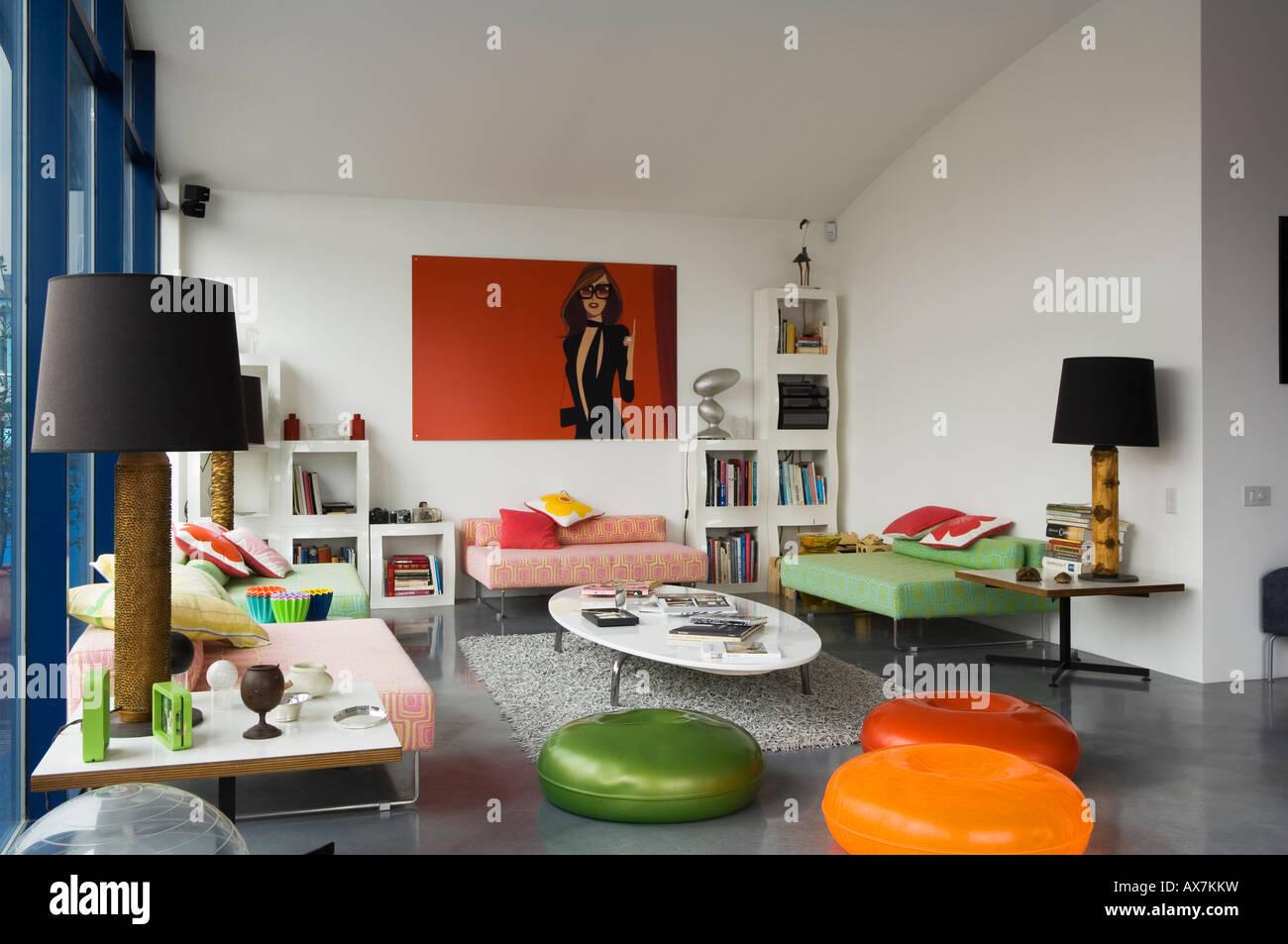 Area soggiorno in stile contemporaneo appartamento sul tetto, Londra ...