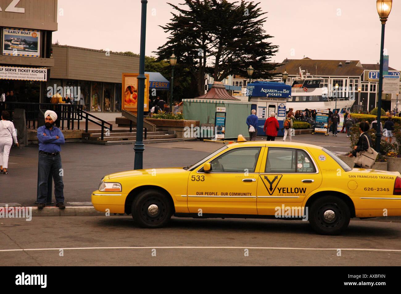 Indian taxi driver in Fisherman's Wharf di San Francisco Stati Uniti d'America Immagini Stock