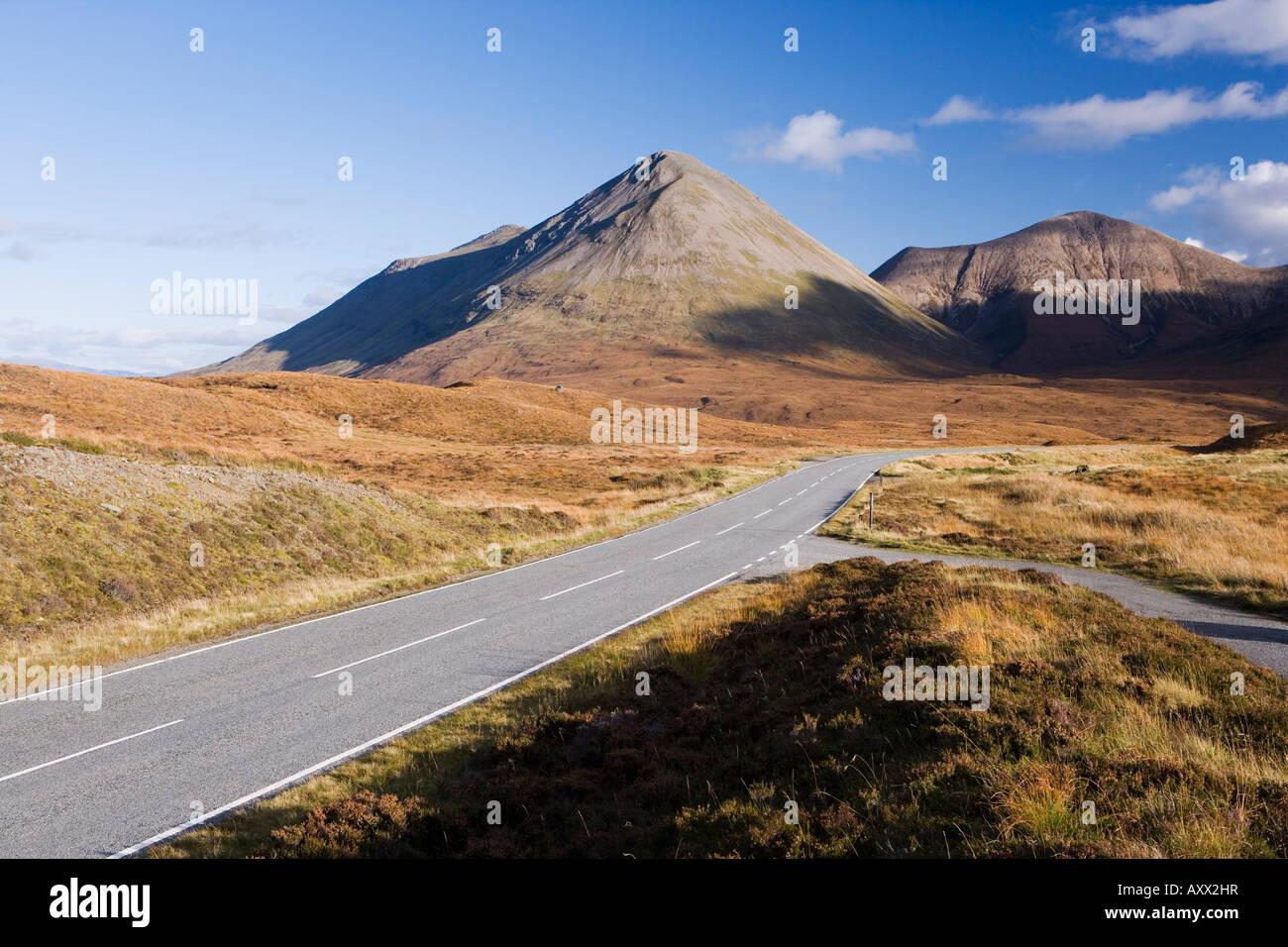 Cuillin Hills, Isola di Skye, Ebridi Interne, nella costa occidentale della Scozia, Regno Unito, Europa Immagini Stock
