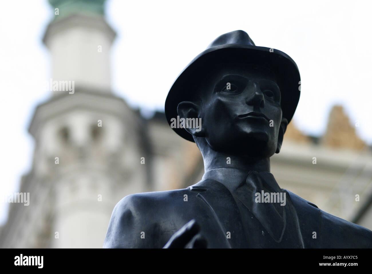 Franz Kafka statua Praga città capitale della Repubblica ceca vicino la testa verticale Foto Stock