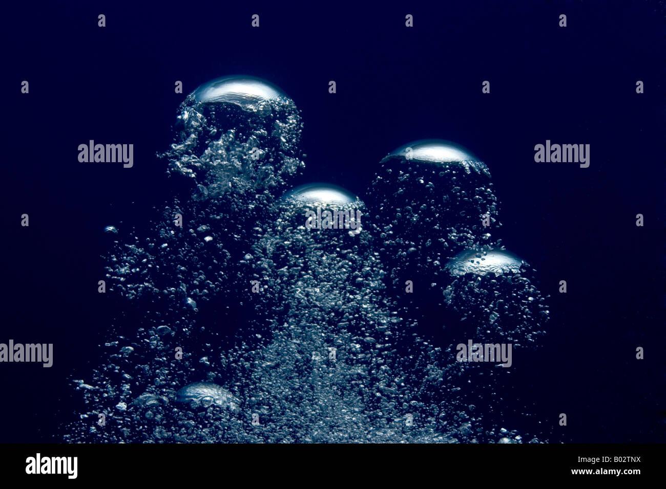 Bolle, subacquea, mare oceano, scuba diving, acqua blu Immagini Stock