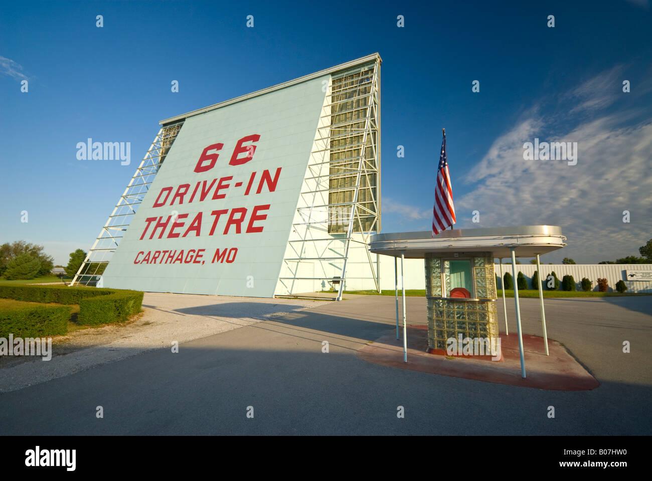 Stati Uniti d'America, Missouri, Route 66, Cartagine cinema drive-in Immagini Stock